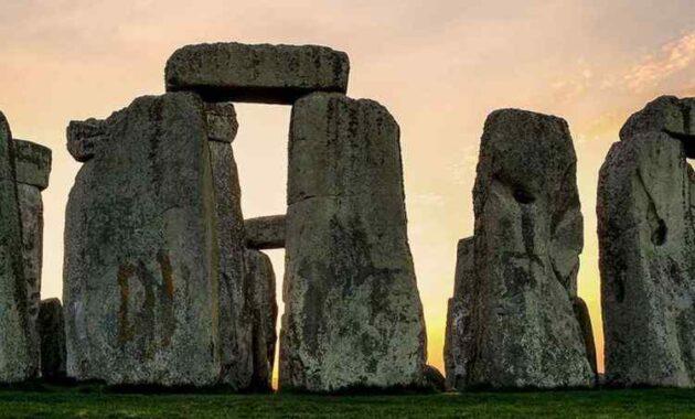 Terpecahnya Misteri Batu Raksasa Stonehenge