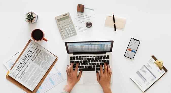Komputerisasi Akuntansi Adalah  Pengertian, Kelebihan dan Kekurangan
